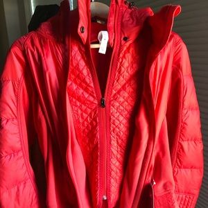 NWT Lululemon Run-bundle Up jacket. Love Red. Sz12
